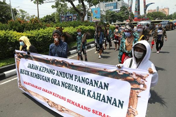 Tolak Demo Anarkistis, Seniman Jaran Kepang Aksi Damai di Semarang
