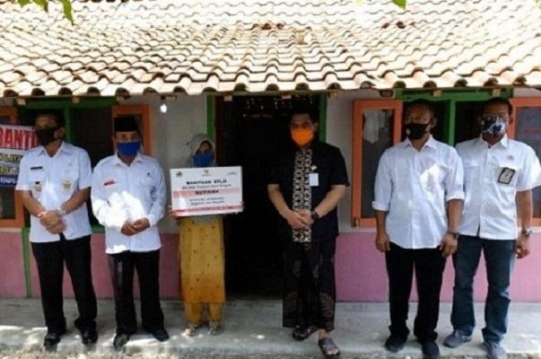 Sinergi Bersama Pemprov Jateng, Semen Gresik Bedah 17 Rumah Tak Layak Huni