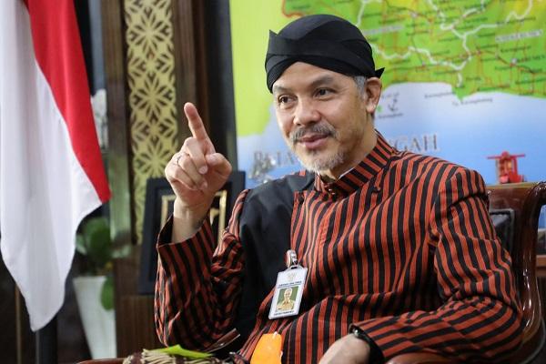Gubernur Jateng Imbau Warga Tetap di Rumah saat Libur Akhir Tahun