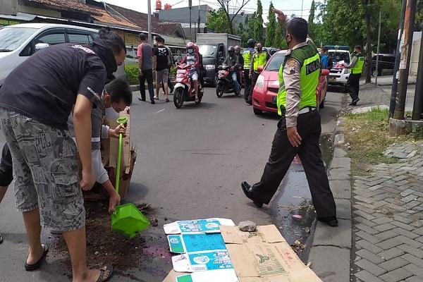 Kecelakaan Semarang: Kendarai Motor, Pelajar SMP Meninggal Tertabrak Mobil