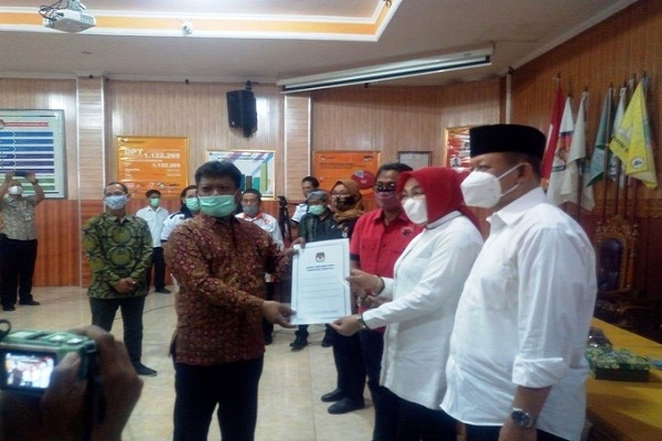 Sah! Sri Sumarni-Bambang Pujiyanto Bupati dan Wabup Terpilih Grobogan