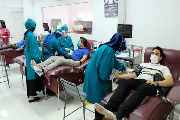 Inspiratif! 30 Pegawai Pertamina JBT Donorkan Plasma Darah untuk Pasien Covid-19