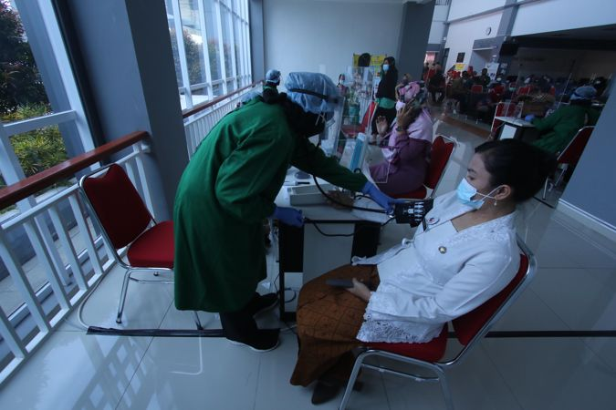 Senin Ini, 31 Kabupaten/Kota di Jateng Gelar Vaksinasi Serentak