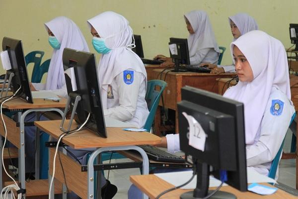 UN Dihapus, US Jadi Syarat Kelulusan Siswa SMA/SMK di Jateng