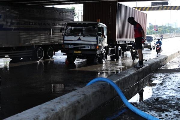 Banjir Semarang Mulai Surut, Ganjar Minta Normalisasi Sungai
