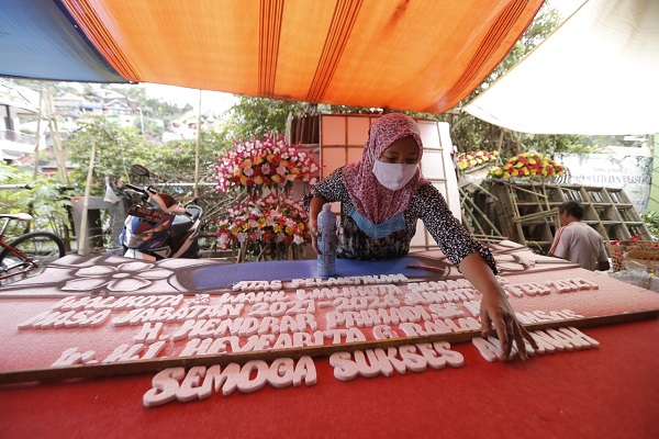 Banjir Order Jelang Pelantikan Wali Kota-Wakil Wali Kota Semarang, Pedagang Bunga Tolak Pesanan