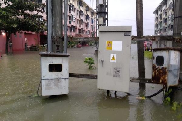 Banjir Kepung Semarang, PLN Lakukan Pemadaman Listrik