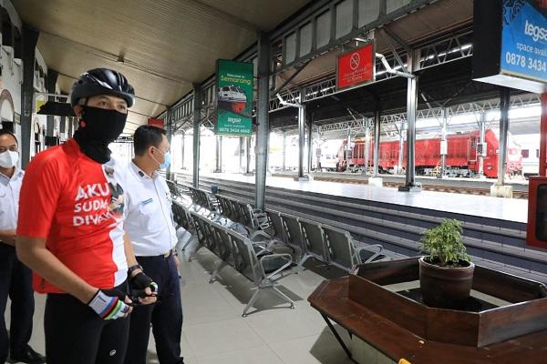Banjir di Semarang Surut, Stasiun Tawang Sudah Bisa Dilalui Kereta Api