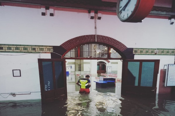 Hujan Lebat, Stasiun Tawang Banjir Lagi