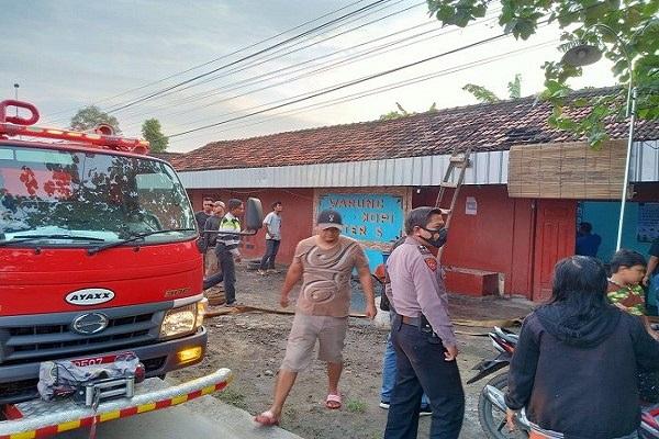 Korsleting, Warung Kopi di Grobogan Kebakaran