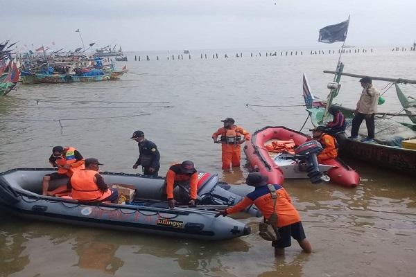 Jaring Ikan di Perairan Pati, Nelayan Majalengka Hilang Ditelan Ombak