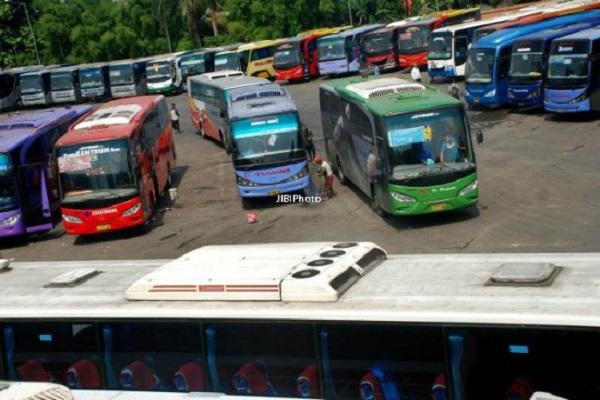 Curhatan Pemilik Bus di Semarang Akibat Larangan Mudik