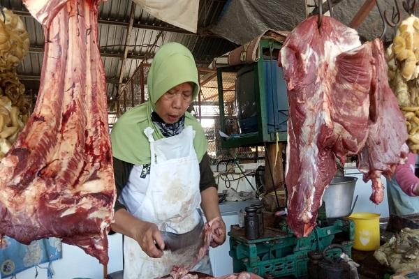Jelang Lebaran, Harga Daging Sapi di Semarang Tembus Rp140.000 per Kg