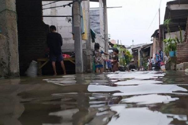 Lebaran Dalam Rob, Warga Tambaklorok Tagih Janji Wali Kota Semarang