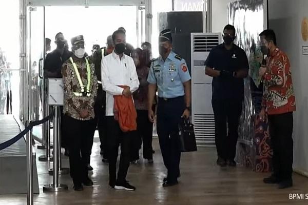Kunjungi Bandara Purbalingga, Presiden Jokowi: Semoga Bisa Pacu Ekonomi Jateng Selatan