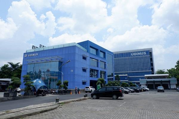Udinus Semarang Raih Penghargaan dari MarkPlus Inc, Ini Penyebabnya…
