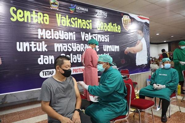 Jateng Dirikan Sentra Vaksinasi di Gradhika, Targetkan 1.000 Orang Divaksin per Hari