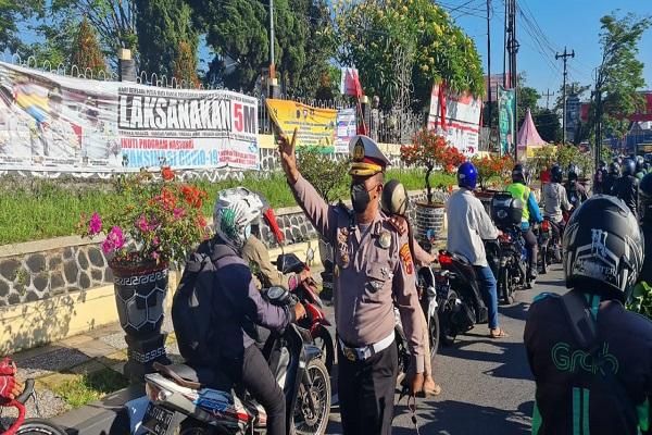Penyekatan di Semarang Ada 26 Titik, Melintas Wajib Tes Swab & Vaksin