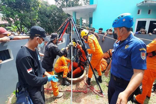 Perbaiki Pompa Air Tetangga, Warga Gunungpati Semarang Meninggal Dunia di Sumur