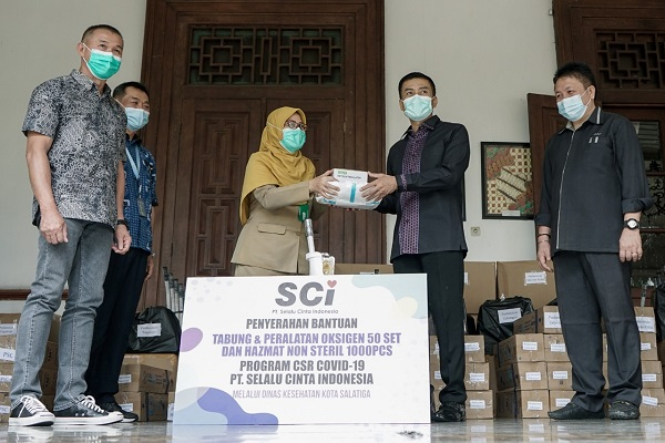 Dapat Donasi 50 Tabung Oksigen & 1.000 Baju Hazmat, Wali Kota Salatiga: Semoga Tidak Terpakai