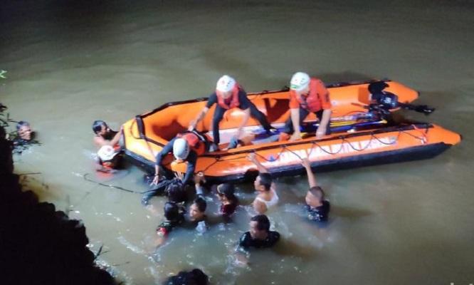 Tenggelam Saat Susur Sungai, 11 Siswa MTs Ciamis Meninggal