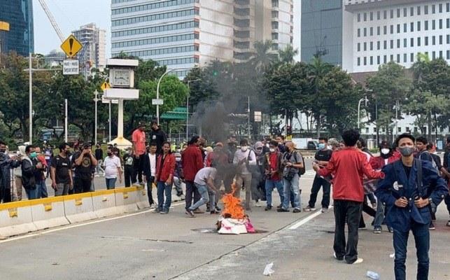Demo BEM SI 2 Tahun Jokowi Ma'ruf Memanas
