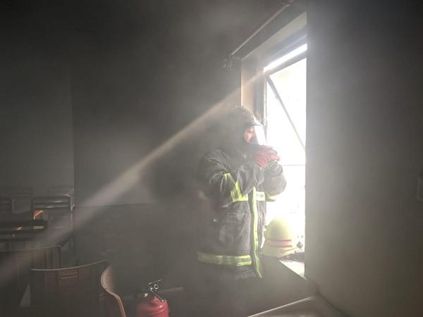 Kebakaran Ruang di Kantor Jasa Solo, Gegara Konsleting AC
